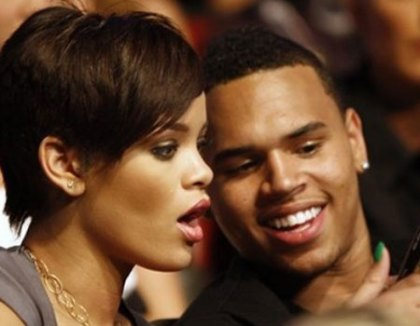 0_21_rihanna_chris1