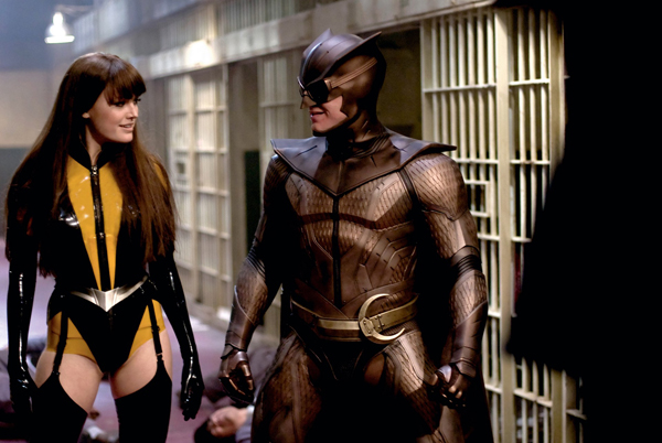watchmen_movie_image_malin_akerman_as_silk_spectre_ii_and_patrick_wilson_as_nite_owl